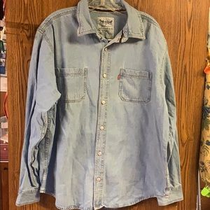Levi Denim Shirt Sz XL NWT